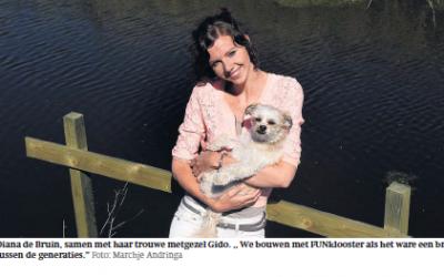 Vrijwilliger Diana de Bruin in de krant
